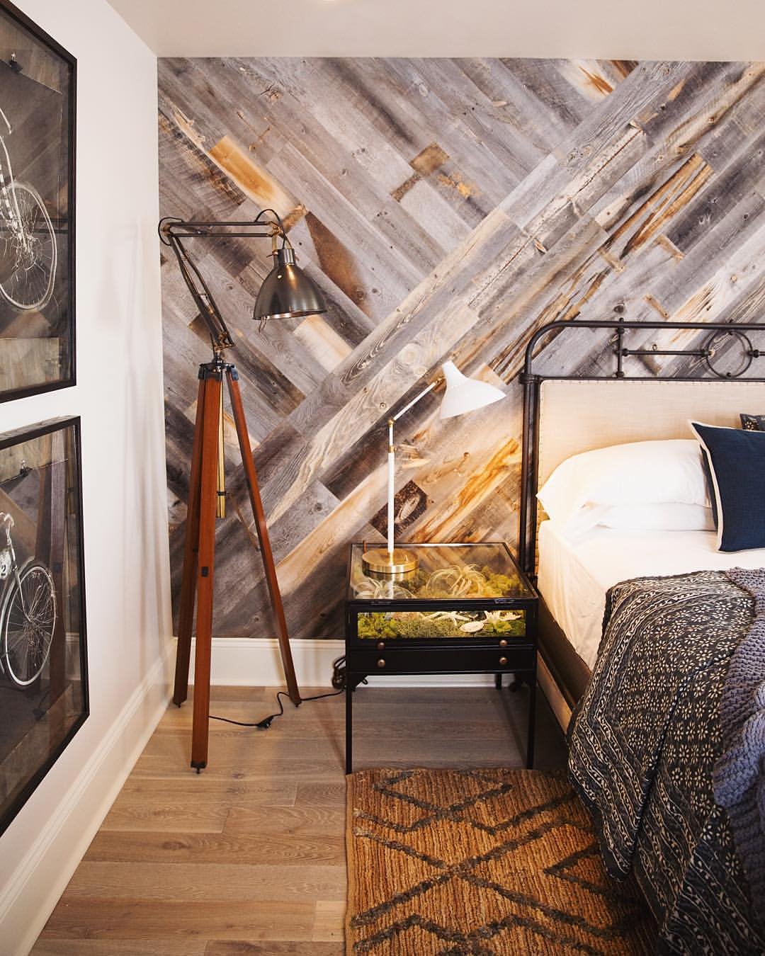 Off The Wall: 10 Unique Accent Wall Ideas For Your Home   Design ...